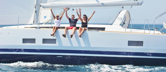 Book a luxury Learn2Sail Platinum sailing course